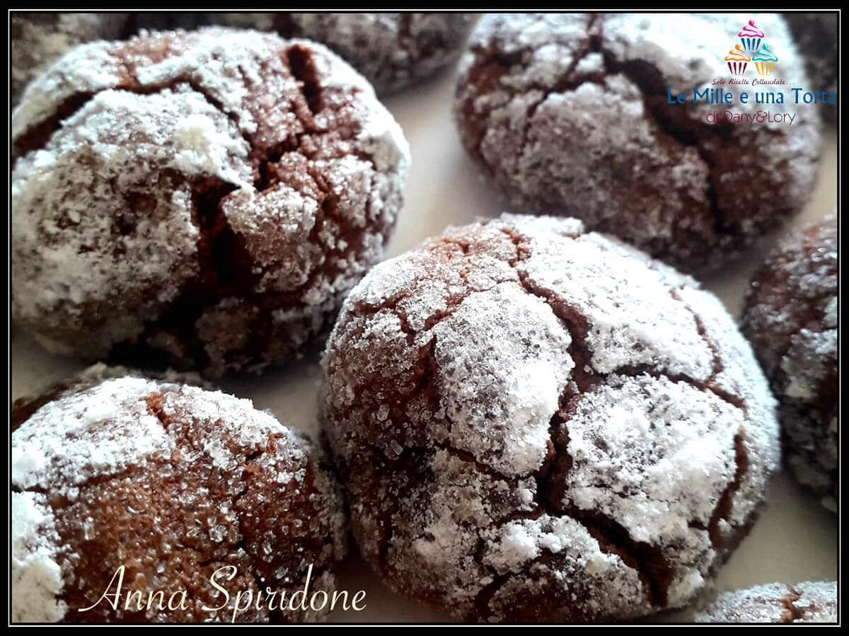 CHOCOLATE CRINKLES, BISCOTTI super golosi al CIOCCOLATO FONDENTE
