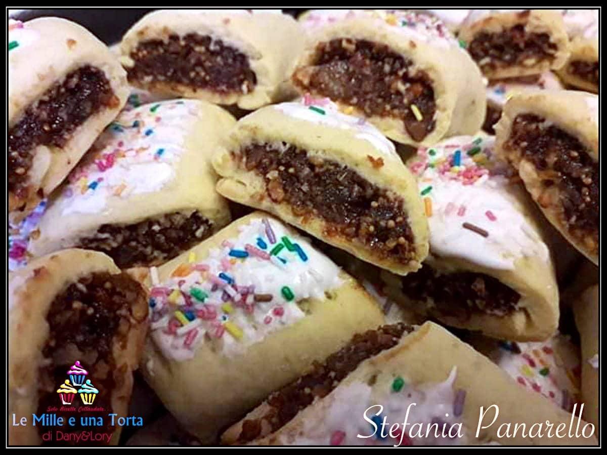 Dolci Siciliani Di Natale.Simil Buccellati Siciliani Biscotti Ai Fichi E Cioccolato