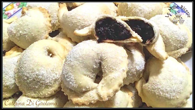 Tarallucci Abruzzesi Con Confettura D'uva E La Magia Del Natale