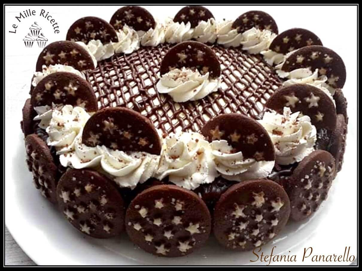 Tiramisu Pan Di Stelle Con L Aggiunta Di Soffice Panna Montata E Cioccolato