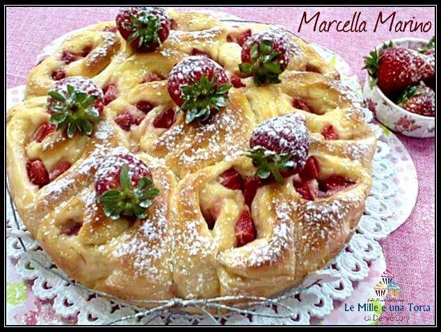 Torta Di Rose Con Crema E Fragole Senza Lattosio 2