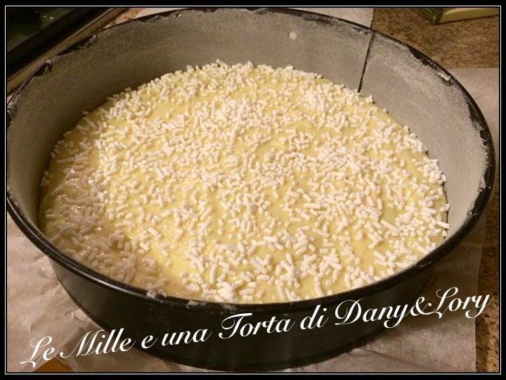 TORTA VANIGLIATA ALLO YOGURT SENZA UOVA, SOFFICE E GOLOSA