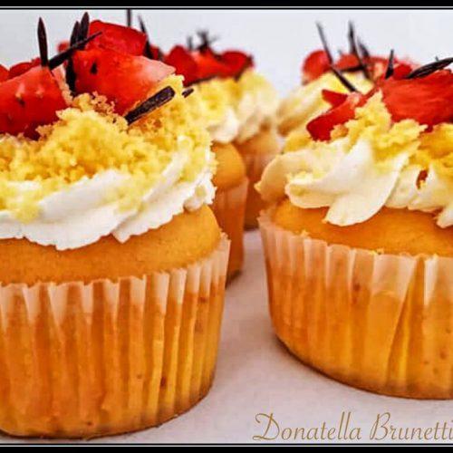 cupcake mimosa con crema al mascarpone e panna